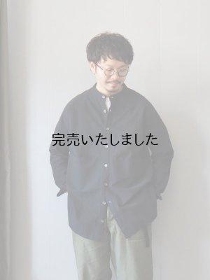 画像1: AU GARCONS(オーギャルソン) AUBIN-バンドカラーシャツ -ブラック