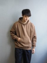 Blurhms(ブラームス)ROOTSTOCK Cotton Wide-Wale Hoodie P/O キャメル